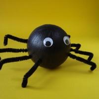 Knutselen versiering spinnen maken coolesuggesties for Ballonnen versiering zelf maken