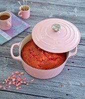 Romantisch recept: rozenbrioche met suikeramandelen