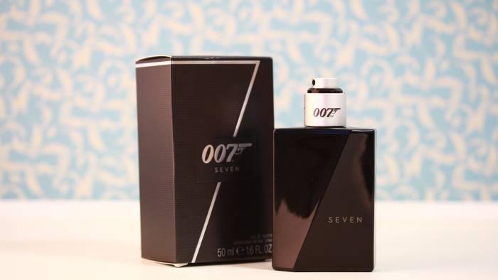 Recensie: Seven, de geur van James Bond                         </p>                     </div>                 </div>                 <div role=