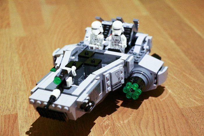 Recensie LEGO Star Wars Snowspeeder 8072