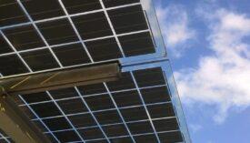 zonnepanelen op dak bedrijf