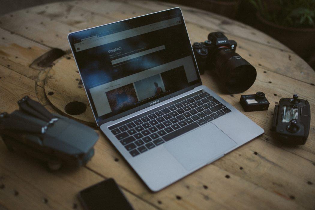 macbook pro bureau