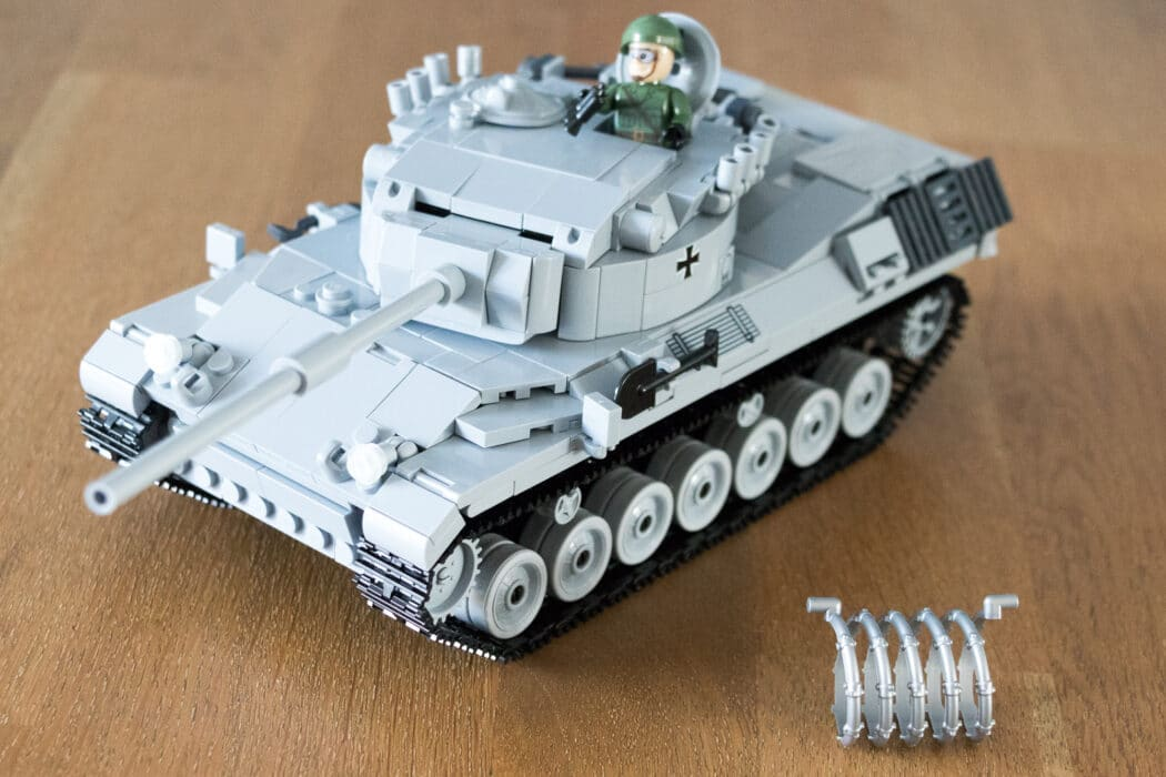 Cobi Leopard tank 2