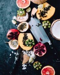 staycation vakantie thuis thema hawaii - fruit en eten