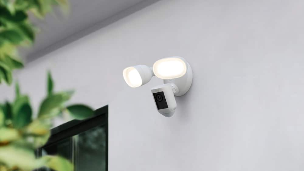 Floodlight Cam Wired Pro